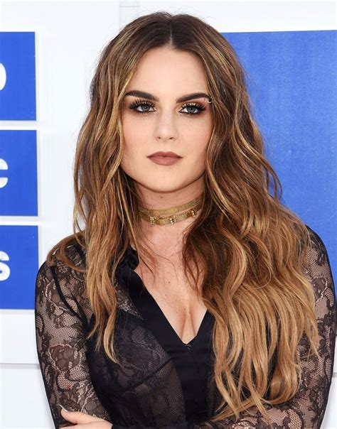 Mtv Vmas The Best Red Carpet Hair Makeup Looks