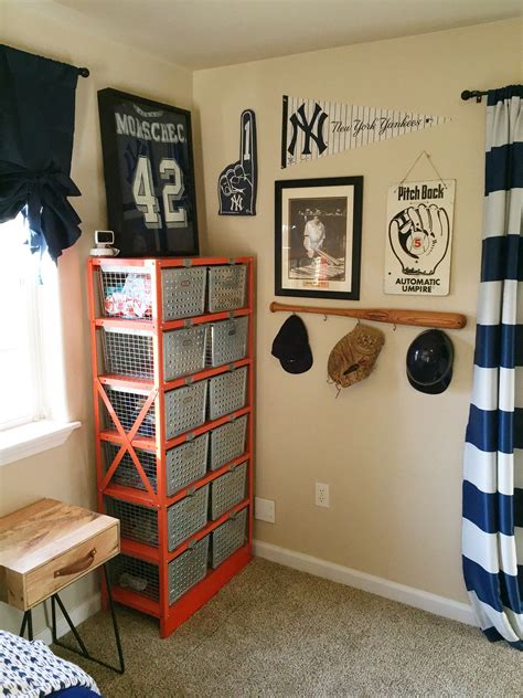 vintage sports themed bedroom ladys  loves