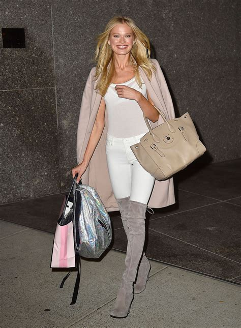 Victoria's Secret Model Street Style: See What the ...