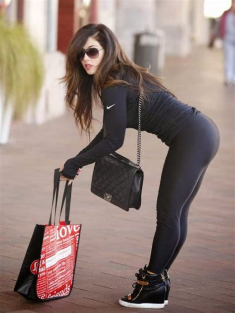 hell   pry  yoga pants   cold dead buns