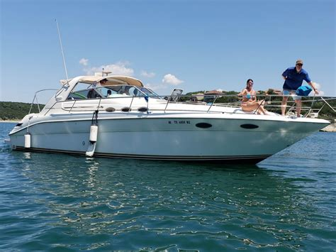 Lake Travis Boat Rentals With Captain by Lake Travis Yacht Rentals
