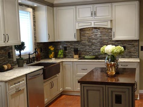kitchen makeovers 20 small kitchen makeovers by hgtv hosts hgtv 1705