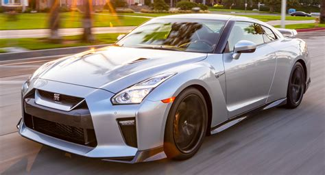 2019 Nissan Gt-r Lands In U.s. Dealerships For A Tad Under