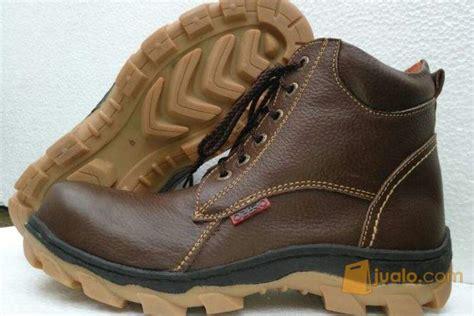 jual sepatu safety www sepatu safety com 085231646889 kab