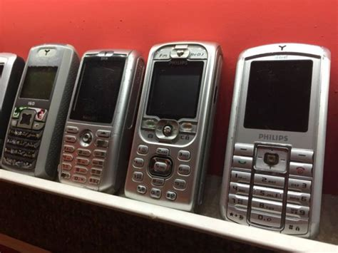 worlds biggest collection  mobile phones