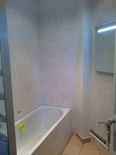salle de bains carrelage baroque