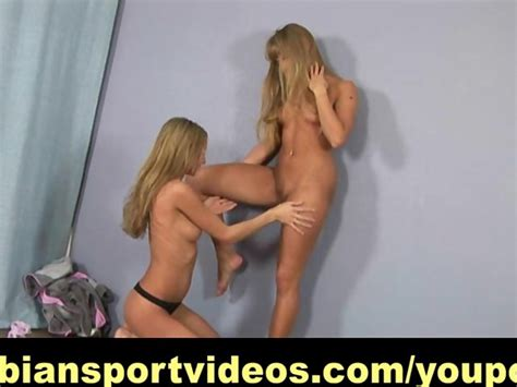 Naked Lesbian Fitness With Strap On Free Porn Videos