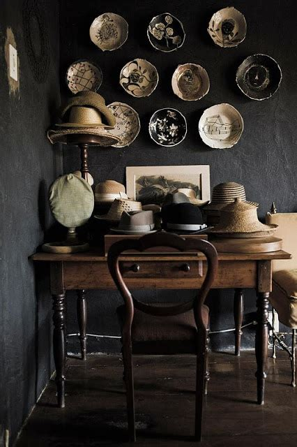 decorate  plates   wall