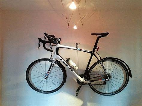 Fahrrad An Die Wand Hängen by Er H 228 Ngt Jugendstilbikes