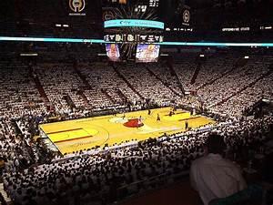Basketball court - Wikipedia