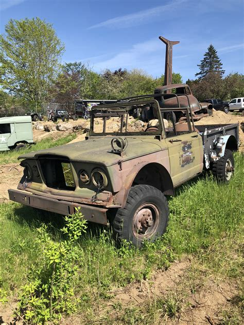 kaiser  military pickup  twisted iron customs