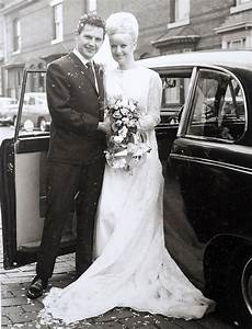 Couple celebrates their 50th anniversary in their 1966 wedding outfits | Metro News