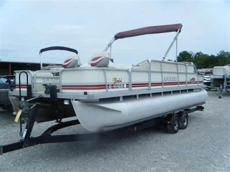 Lowe Boats Mi by Suncruiser New And Used Boats For Sale In Mi