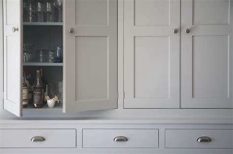 farrow and grey kitchen cabinets luxury handmade kitchen cabinetry painted in farrow 9872