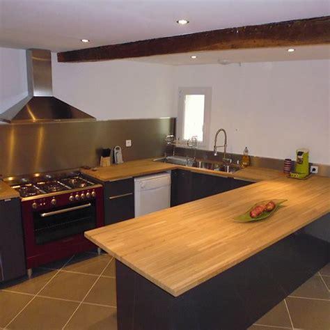 largeur plan travail cuisine cuisine gris mat et plan de travail bois