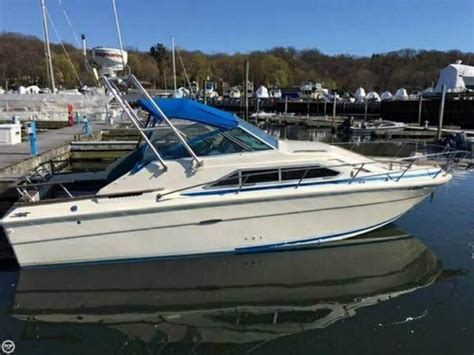 Used Sea Ray Boats In Michigan by 1980 Sea Ray Sundancer 260 Powerboat For Sale In Michigan