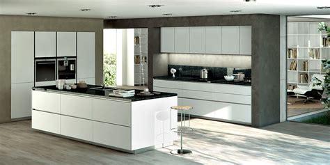 plus cuisine moderne cuisiniste installation de cuisine dans le 06