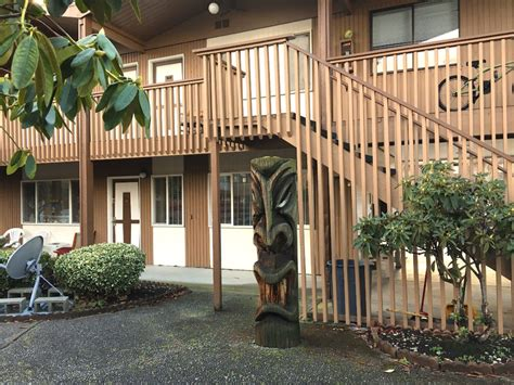 Tacoma Tiki Bar by Tiki Apartments Tacoma Wa Tiki With