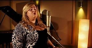 She's back! Michelle McManus reminds fans of THOSE vocals ...