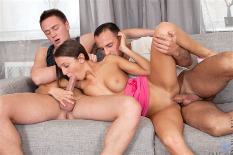 Featuring Nubiles Foxy Di In Threesome Fun