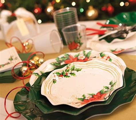 piatti e bicchieri di carta exclusive trade piatti di carta per natale bicchieri di