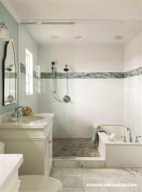small bathroom ideas with tub pin by decoria on bathroom decorating ideas bathroom tub
