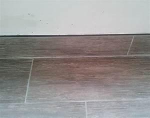 Pose De Plinthe Carrelage : plinthe carrelage exterieur carrelage sol et mur blanc effet bois otta x carrelage exterieur ~ Melissatoandfro.com Idées de Décoration