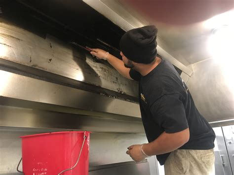 kitchen hood duct cleaning