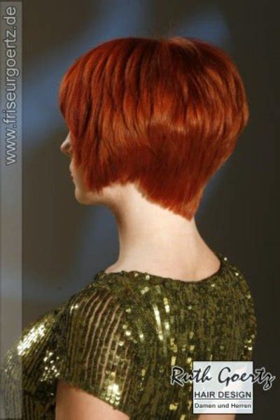 awesome short hairstyle  layers blousing
