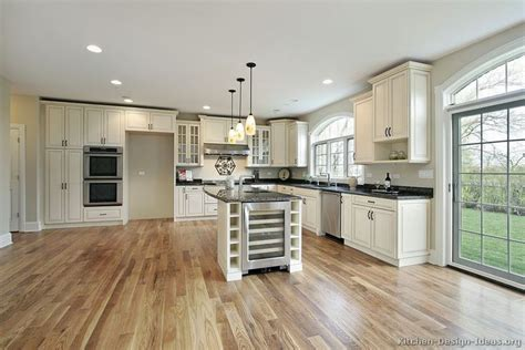 pictures of distressed kitchen cabinets best 25 traditional white kitchens ideas on 7450