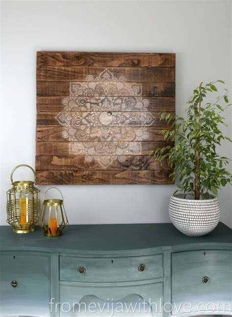 create  beautiful wall art  pallets  mandala