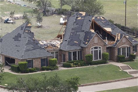 Texas Residents Missing After Tornadoes Found Safe Roof Beam Length Calculator Shingle Installation Temperature Metal Roofing Chimney Flashing Red Inn And Suites Monterey California What Does Weigh Aluminum Material Suppliers Process Of Replacing A Porch Pitch