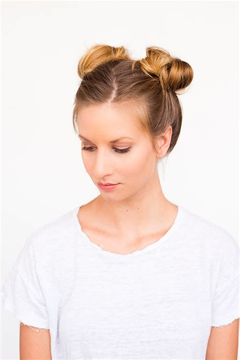 Japanese Hairstyles Buns by 15 Easy Back To School Hairstyles