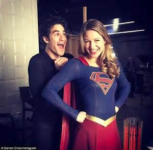 dress malina 02 darren criss on the flash supergirl musical crossover set