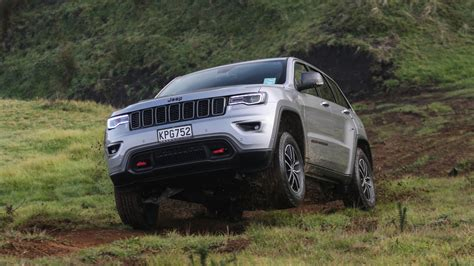 Review Jeep Grand by 2017 Jeep Grand Review Caradvice