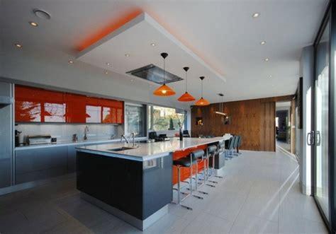 faux plafond cuisine ouverte cuisines design 110 idées pour un aménagement tendance