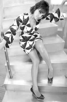 Pin em Norah Jones in Black & White
