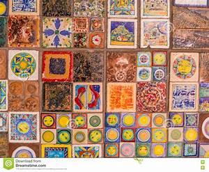 Hausnummern Fliesen Italienisch : decoratieve italiaanse tegels op muur stock afbeelding ~ Michelbontemps.com Haus und Dekorationen