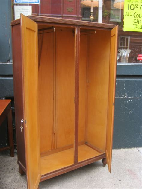 donate kitchen cabinets uhuru furniture collectibles may 2011 3424