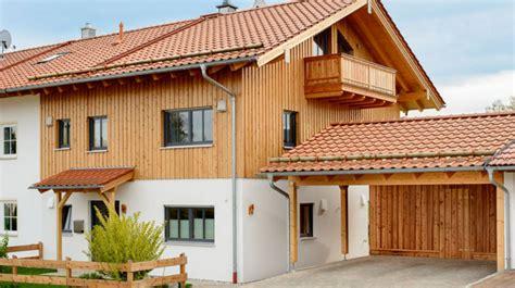 Fertighaus Im Landhausstil by Doppelhaus Mit 2 Vollgeschossen Loft Und Holzschalung