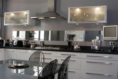 decoration cuisine noir et blanc photo le guide de la cuisine noir et blanc sublimés par