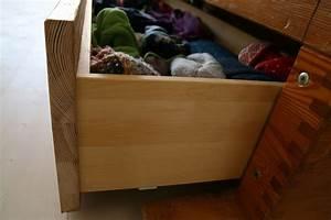Möbel Aus Turngeräten : die kommode aus einem gro en turnkasten gefertigt ~ Michelbontemps.com Haus und Dekorationen