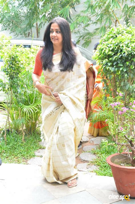 actress jyothika latest photos jyothika latest gallery 2