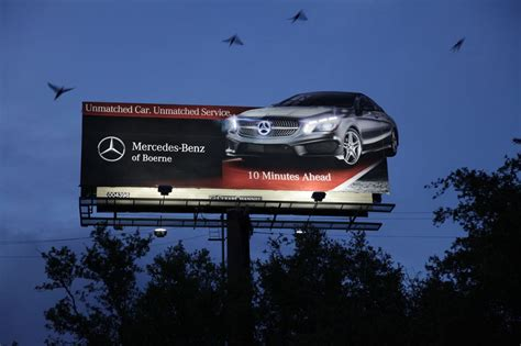Four Ways Auto Dealerships Can Drive Sales With Outdoor Advertising