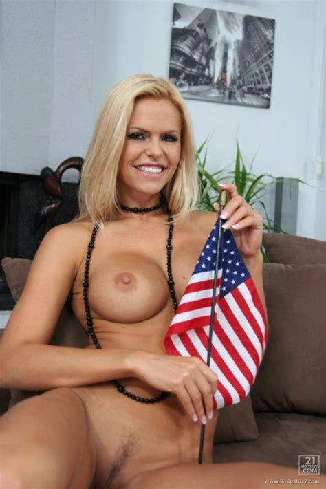 Hot Us Girls 023 Patriotic Pussy American Edition