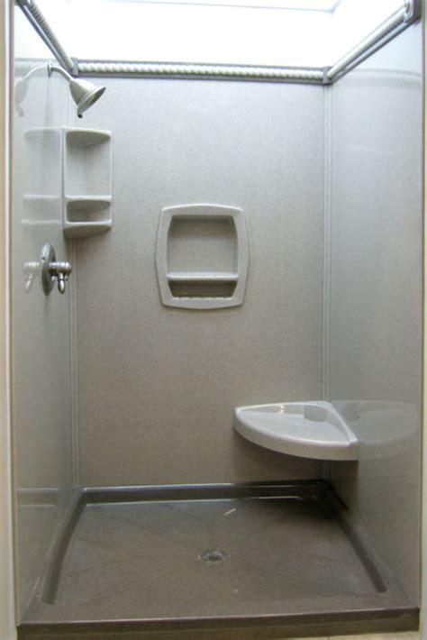 5 tricks for choosing shower wall panels