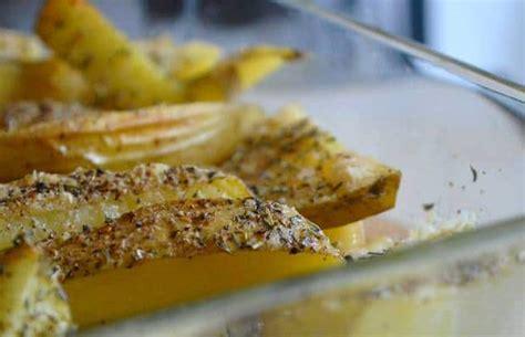 recette de pomme de terre au four recouvertes de parmesan