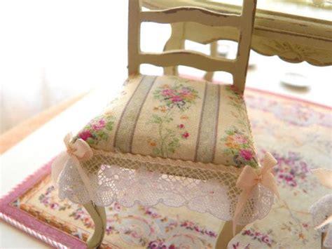 cuscini per sedie eleganti 7 idee creative per le vostre sedie in stile provenzale