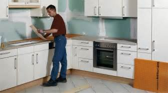 cr馥r un plan de travail cuisine comment recouvrir un plan de travail en carrelage 28 images comment choisir plan de travail de cuisine viving plan de travail et cr 233 dence