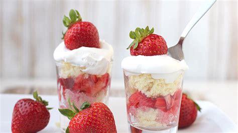 strawberry shortcake shooters recipe tablespooncom